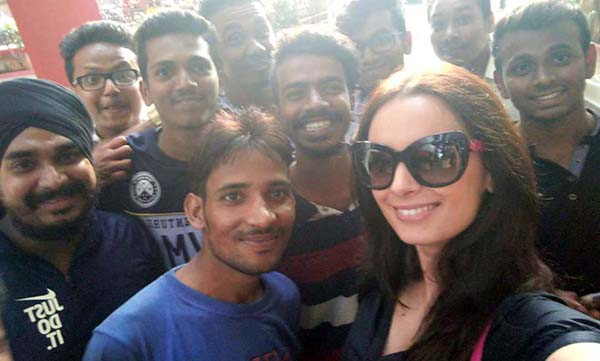 Evelyn Sharma with fans
