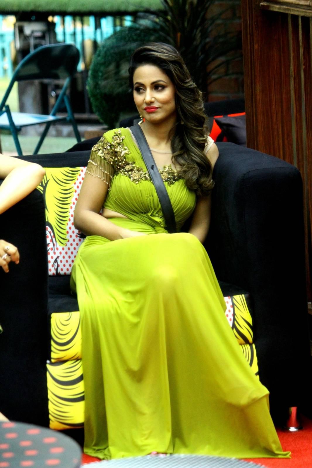 Hina Khan in Bigg Boss. Pic 5. (Image courtesy – Google)