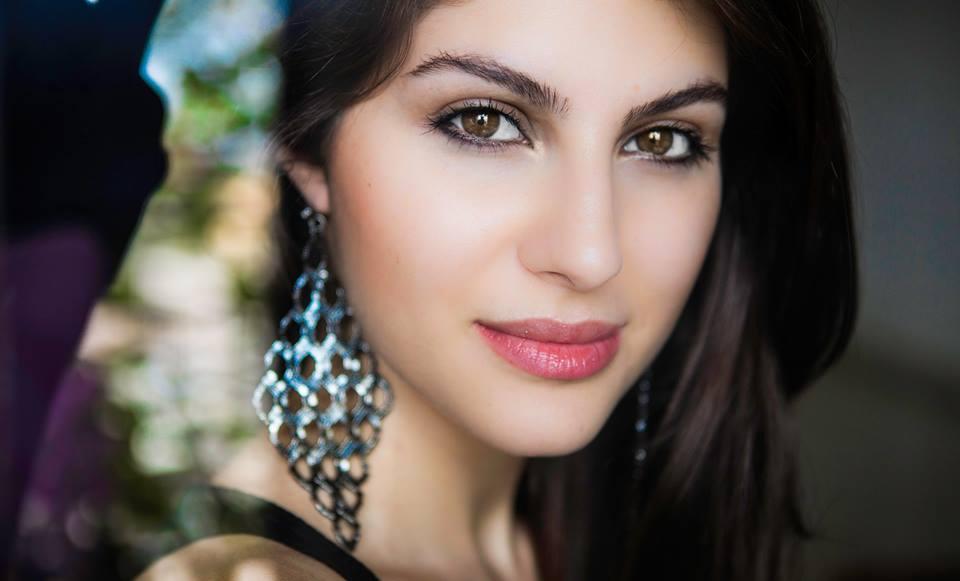 Elnaaz Norouzi. Pic 1_